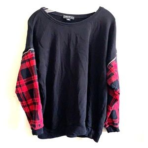 Forever 21 + Buffalo Plaid Removable Sleeve Top